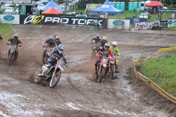 A cidade de Cascavel  recebe nos dias 12 e 13 de março, a Abertura do Campeonato Paranaense de Motocross.