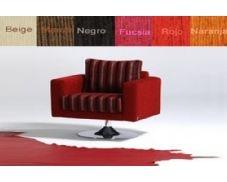 Sillón fijo tapizado en tela que le proporcionará toda la comodidad que usted necesita. El diseño de este sillón es sencillo a la par que elegante, lo que permite una gran adpatación en cualquier tipo de estancia y de estilo.