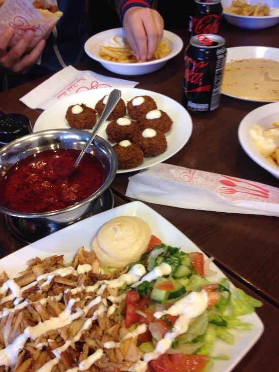 Divan copenhagen outer noerrebro restaurant reviews for Divan kebab carte