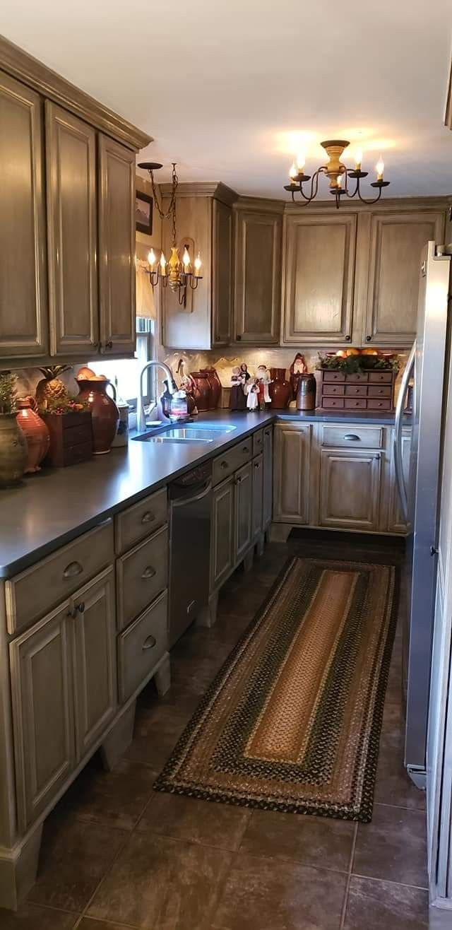 Benjamin Moore Ashley Gray Cabinet Paint And Silestone Quartz Eternal Charcoal Countertops Painting Kitchen Cabinets Kitchen Cabinet Colors Home Kitchens
