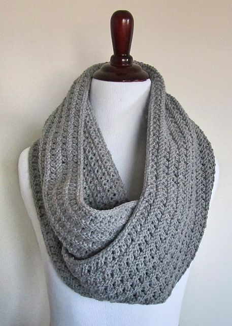 Infinity Scarf Knitting Pattern Size 8 Needles : 46 best ideas about Knitting & Crocheting on Pinterest ...