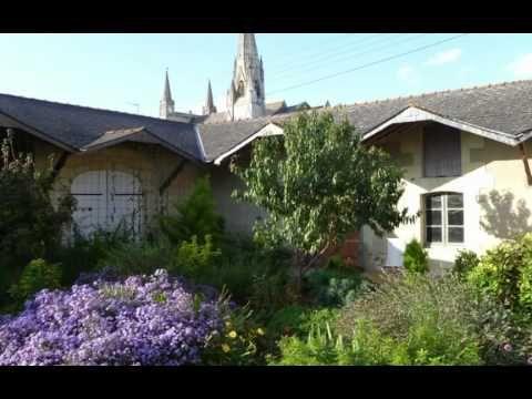 ▶ Rent the Petite Chateau, Le Puy Notre Dame, France - YouTube