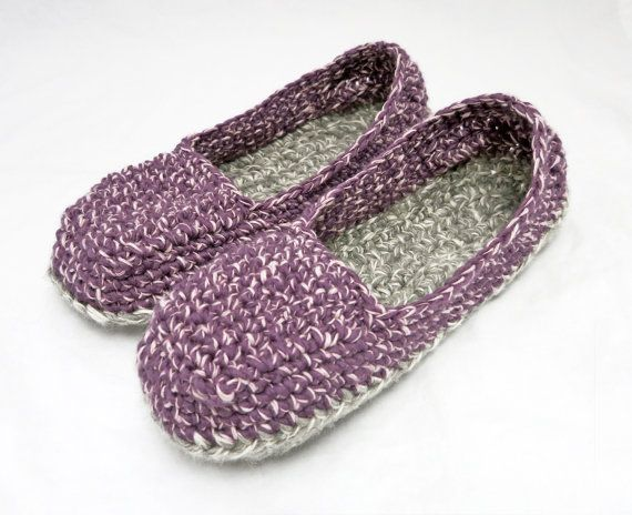 ***.pdf CROCHET PATTERN ONLY***  This does not include the finished product. Instant download link provided after payment.  Skill Level: Intermediate  Sizes included are: Small (US Womens 5-6), Medium (US Womens 7-8) and Large (US Womens 9-10)  This loafer is a fast project that produces a super comfy slipper. The top is crocheted as one piece directly onto the sole. You can even make it as one piece if you keep everything one color. I have full stitch charts for the three sole sizes…