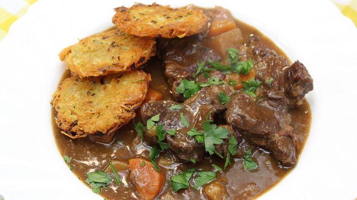 Stoofpotje van lam met rösti's van aardappel en bieslook - Vtm koken - De keuken van Sofie !