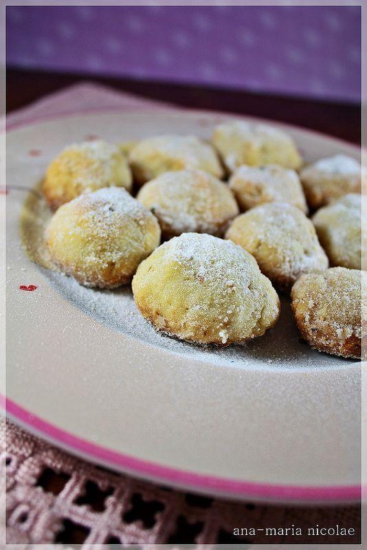 Cookies cu alune http://amainbucatarie.blogspot.ro/2014/09/cookies-cu-alune-mtedza.html