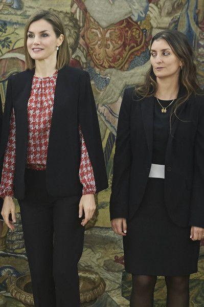La Reina Letizia se reunió con una representación de la Fundación Secretariado Gitano. 08.01.2016