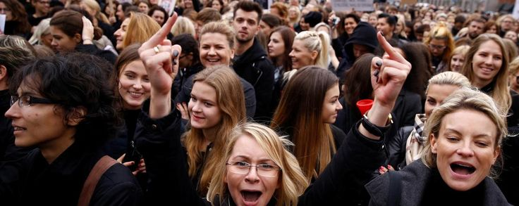 Abortion could soon be banned in Poland, and women are fighting back | VICE News