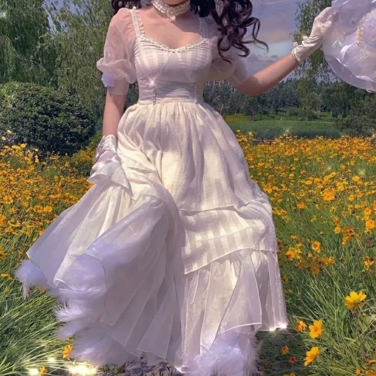 Clothes Aesthetic In 2021 Fairytale Dress Beautiful Dresses Vintage Dresses