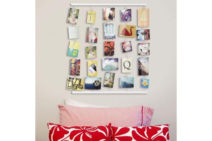 Aan de Hangit Photo Display kun je maar liefst 40 mooie herinneringen hangen. #foto #fotolijst #decoratie #housewarming #cadeau #moederdag #sinterklaascadeau #kerstcadeau