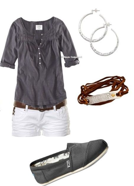 Simple outfit for summer. The shirt is nice, would love in a different color.