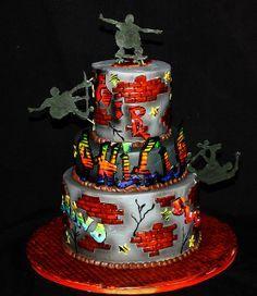 Graffiti/skate cake by its-a-piece-of-cake, via Flickr