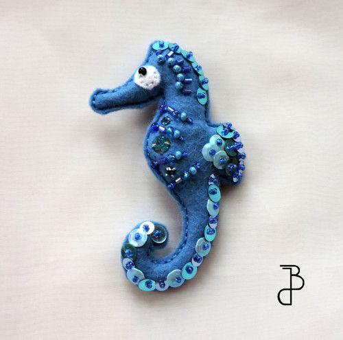 Mořský koník světle modrý