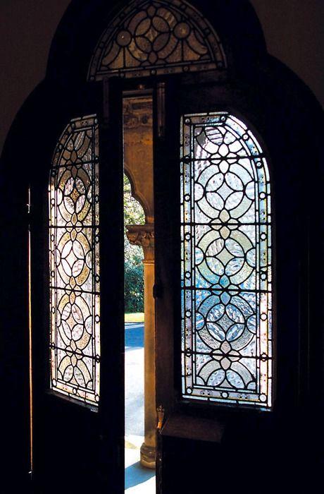 thatbohemiangirl:    My Bohemian Aesthetic  Glass-paneled door, ajar