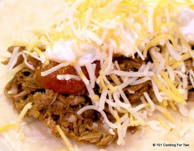 Crock Pot Mexican Shredded Beef via @drdan101cft