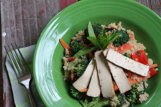 Quinoa Stir Fry with Ginger Peanut Sauce | Delicious Eats...without t ...
