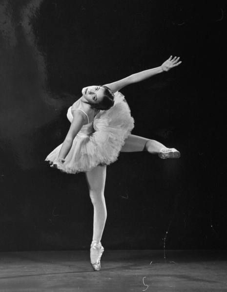 Alicia Alonso, LIFE magazine 1944 #ballet #photography  A note about Alicia: she went blind at 19, was on bed-rest for 2 years, danced the principal role of Giselle until she was 65, and started the first ballet company in Cuba.