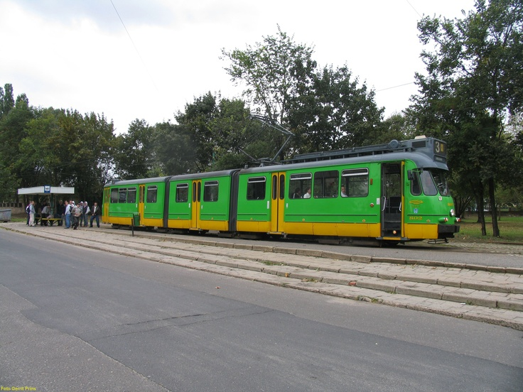 Amsterdam 3G tram after 40 years of service, used in Poznan, Poland (2004).