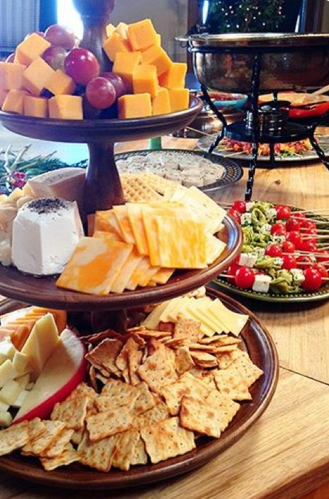 Christmas Party Meal Ideas Part - 35: Cheese Platter Easy Holiday Party Ideas - Courtesy Of The Pioneer Woman,  Ree Drummond.