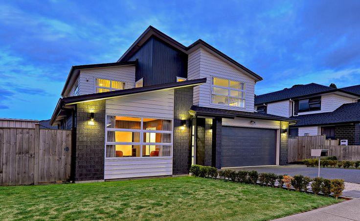 Property ID: 537285, 17 Ravello Rise, Flat Bush, GOLD AWARD HOUSE OF-THE-YEAR WINNER (2012) — MASTER BUILDER! | Melanie Broodryk from Barfoot & Thompson Real Estate
