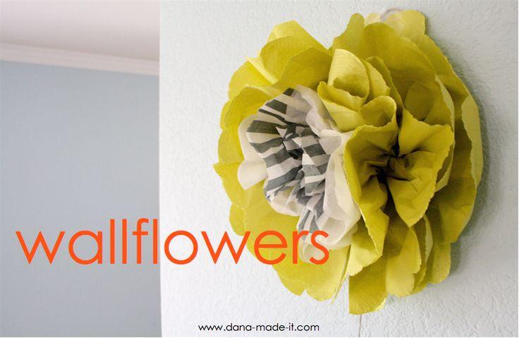 TUTORIAL: Wallflowers (made small ones for reception decor)Paper Napkins, Flower Tutorials, Tissue Paper Flower, Art Flower, Paper Flowers, Wall Flower, Tissue Flower, Flower Ideas, Wallflower