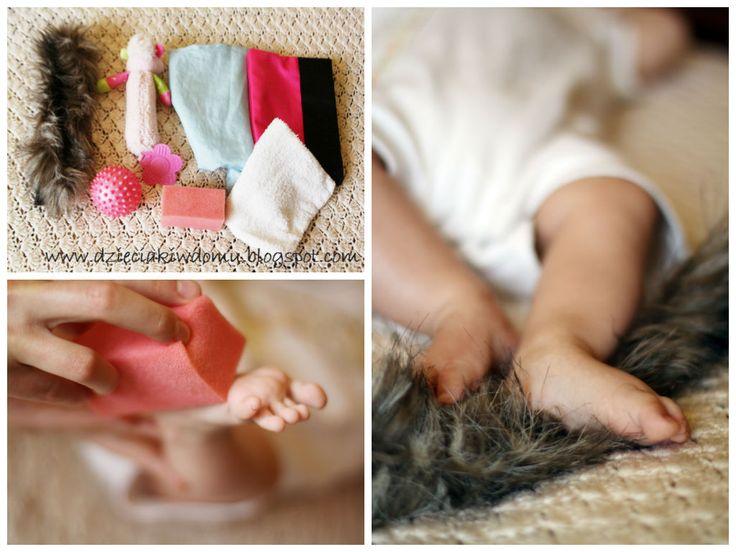 Masaż stópek niemowlaka - wykorzystanie różnych faktur www.dzieciakiwdomu.blogspot.com