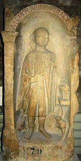 Stèle gallo-romaine d'un forgeron. Musée des Beaux-Arts de Sens- , Yonne