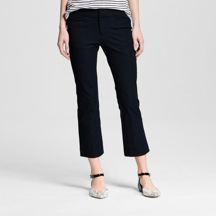 Which shoes works best with ankle pants featuring the Portico Ankle Pant. Find this Pin and more on Real Life Fashion Advice by Wardrobe Oxygen. Alison Gary of Wardrobe Oxygen answers which shoes look best with ankle pants by offering different footwear to style with the Lands' End Portico Ankle Pant.