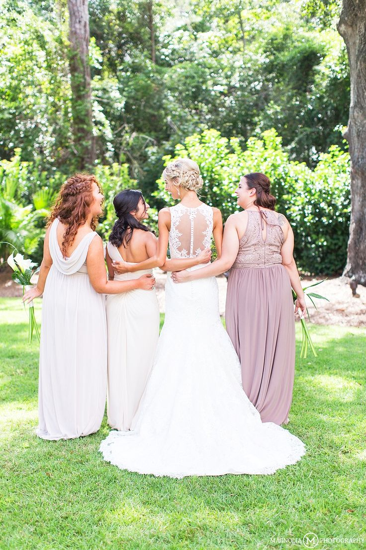 fall bridal party pictures%0A Wrightsville Manor  Wilmington  NC  bridal party   Wedding Photographer    Amanda  u     Cody