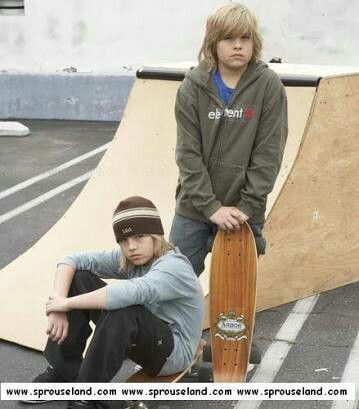 Cole and Dylan Sprouse young age
