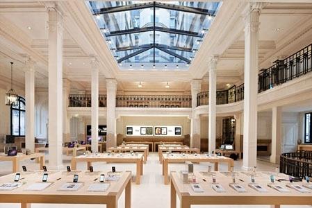 Apple Store, Opéra in Paris by Bohlin Cywinski Jackson