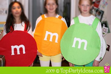 Halloween M Candy Costume - Make other M costumes to go out trick or treating as a bunch of M Candy!