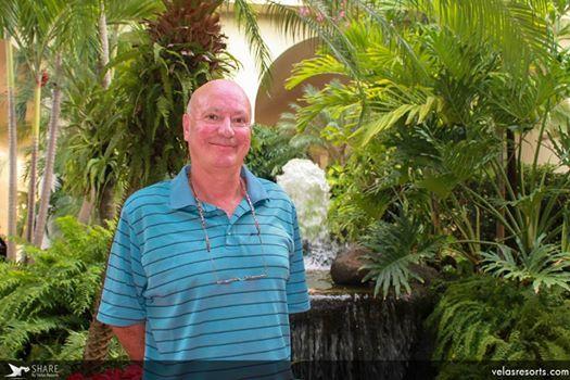 В Велас Вальярта провел отпуск господин Паркер – писатель, фотограф и телепродюсер из Лондона. Надеемся, господин Паркер, вам у нас понравилось!  Читайте его впечатления о путешествиях по всему свету на: www.planetappetite.com