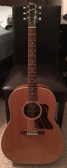 Gibson J-35 Electric/Acoustic Guitar