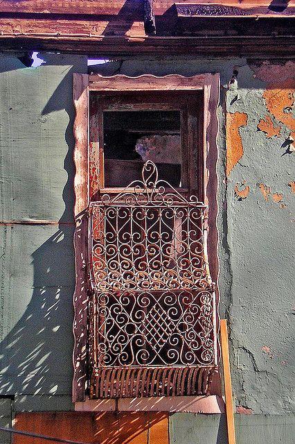 P1010292, via Flickr.  Ventana en Bursa. Turquía.