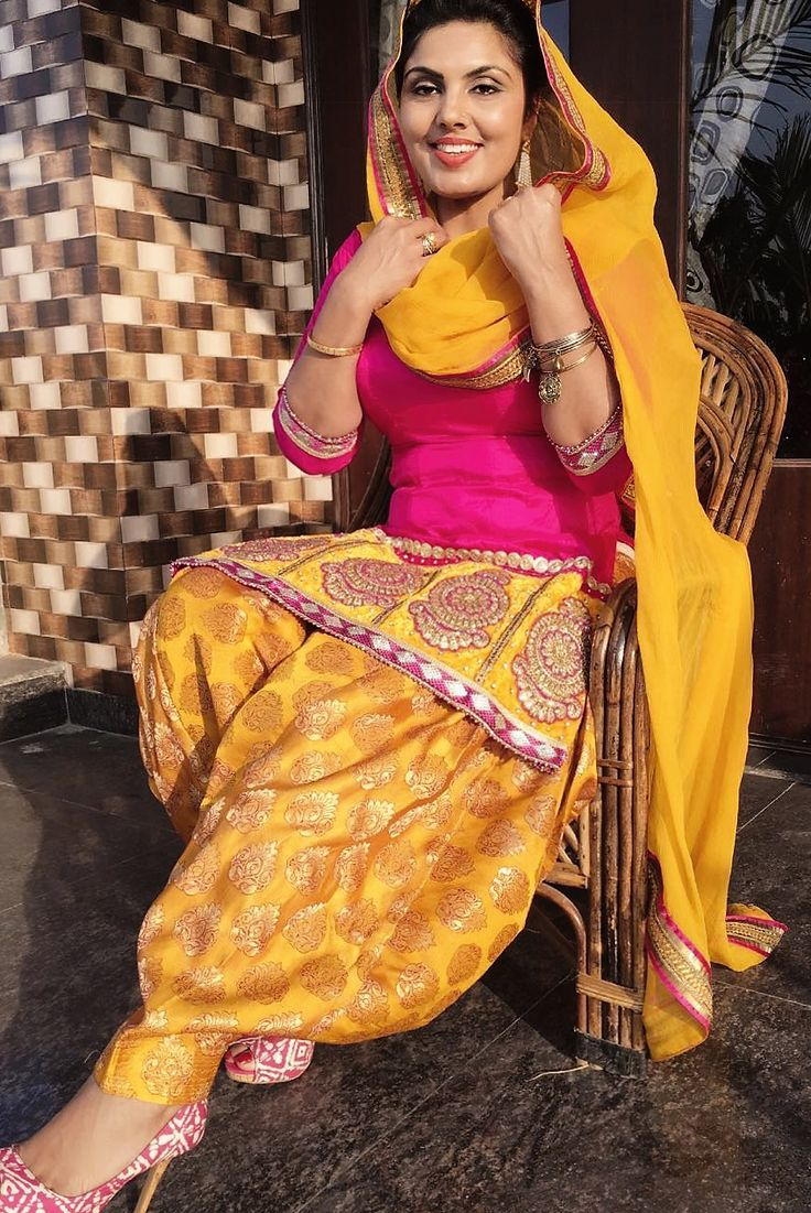 30 best images about sardarni on pinterest fashion boutique patiala salwar and celebrity look Celebrity style fashion boutique