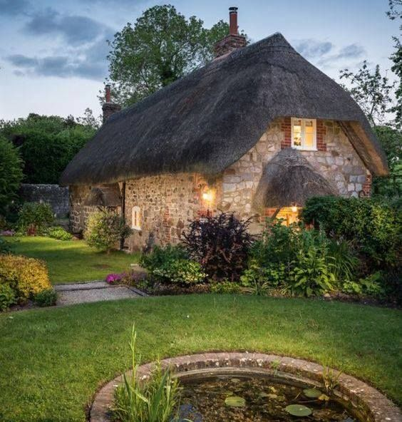 Faerie Door Cottage in West Overton, Wiltshire