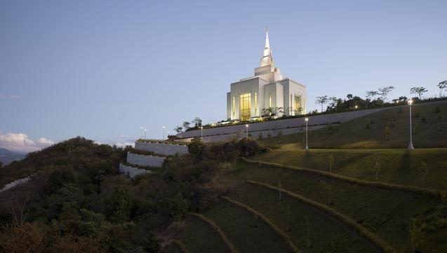 The Tegucigalpa Honduras TempleLds Temples Stands, Honduras Temples, Mormon Temples, Tegucigalpa Honduras, Lds Life, Temples Whaaaat, Mormons Temples, Beautiful Temples, Lds Mormons