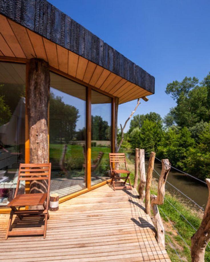 Casa prefabricada con acabados de madera carbonizada http://ventacasasdemadera.com/2014/06/20/casa-prefabricada-de-madera-carbonizada/    #madrid #casademadera #madera #casaspersonalizadas #ventacasasdemadera