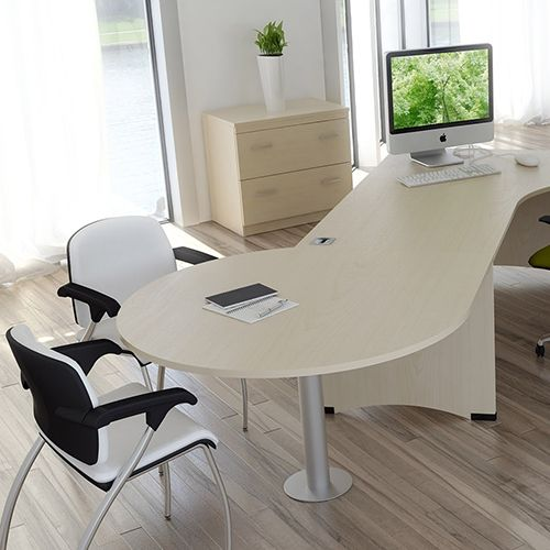 bespoke office desks. stylish bespoke office desking www.rapinteriors.com desks