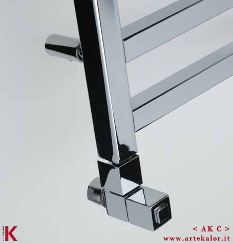 AK C by ArteKalor - AK C is a simple and functional radiator, made of square steel tubes, which give a strong and modern character.  Available in all RAL versions, chrome, antique copper and gold matt, hydraulic, electrical or dual.  Supplied on request with valves dedicated.