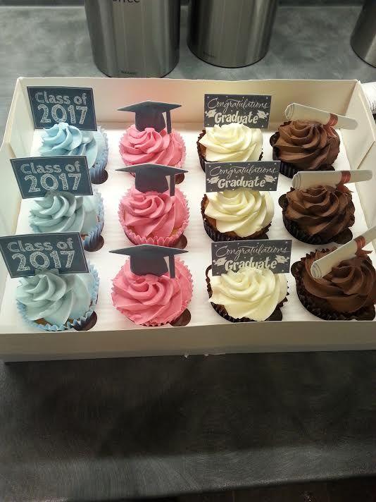 Graduation Cupcakes Benjamin Pinterest Graduation