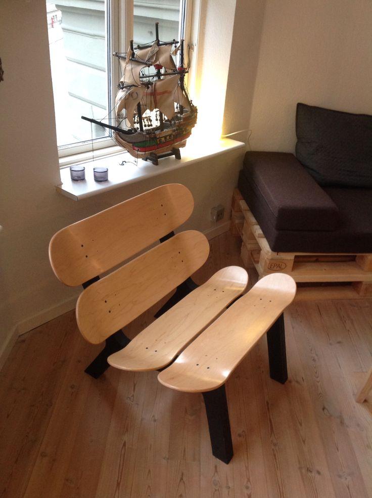 DIY projects - Skateboard chair.