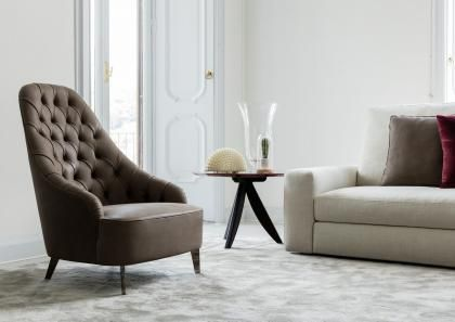Our armchair Vanessa-Capitonnè is entirely handmade by our upholsterers in our BertO showroom in Meda.