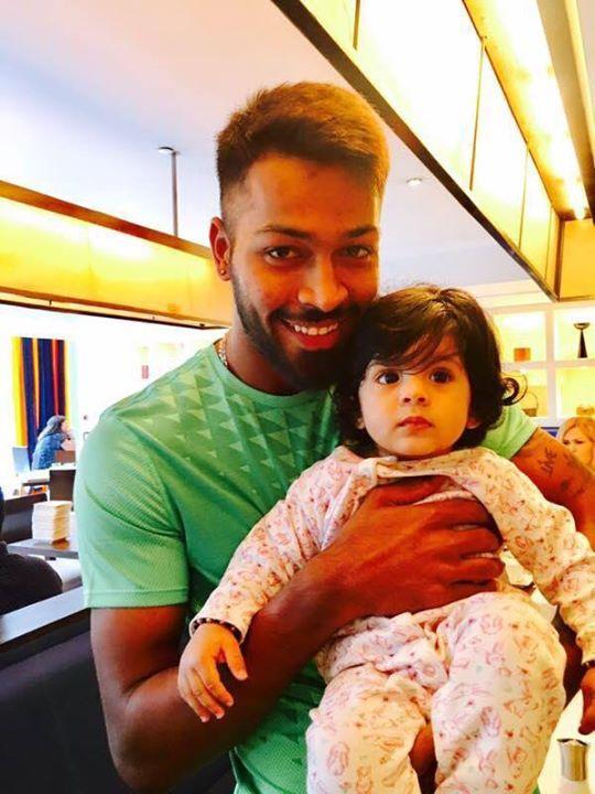 Hardik Pandya with Bhajji's little princess Hinaya Heer :) For more cricket fun click: http://ift.tt/2gY9BIZ - http://ift.tt/1ZZ3e4d