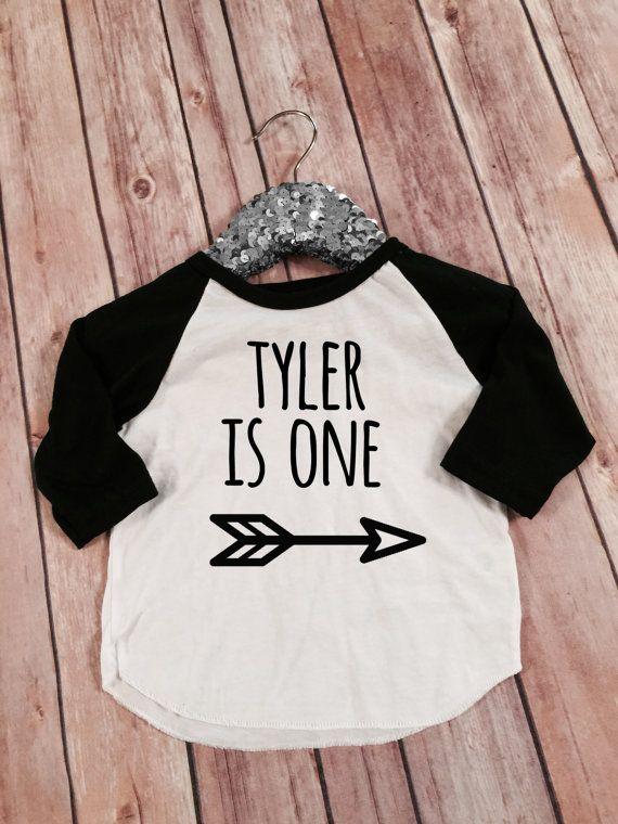 Personalizzato nome compleanno camicia di OliverOliviaApparel