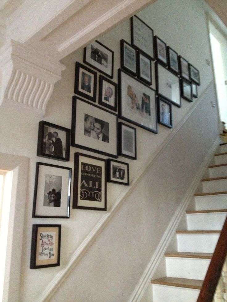 Staircase gallery.