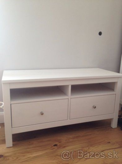 Hemnes skrinka pod TV, Ikea - 1