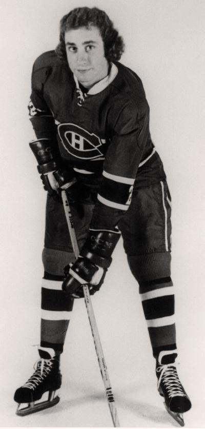 Bob Gainey : Le patineur de 6'0'' et 200 livres, un spécialiste de la défensive qui a appris le métier sous la tutelle de Roger Neilson, est devenu l'un des meilleurs joueurs défensifs de l'histoire du Tricolore. Rappelé par le grand club après un séjour de seulement six parties avec les Voyageurs de la Nouvelle-Écosse de la LAH, Gainey a fait ses classes lors de la campagne 1973-1974, participant à 66 rencontres et jetant les bases d'une carrière exceptionnelle.