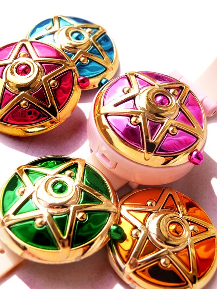 These are so beautiful! I wish I had the one for Sailor Mars!