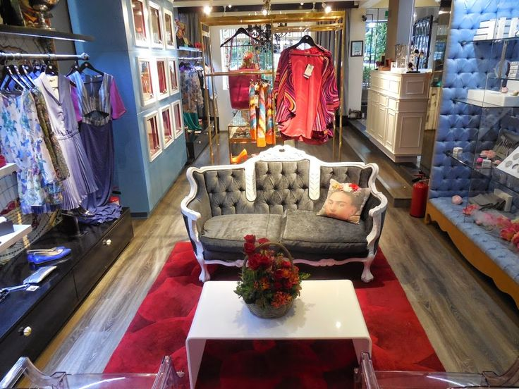 40 best images about tiendas decoradas con muebles recuperados decorated with recovered - Tiendas de muebles en montigala ...